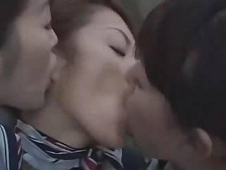 3 японских лесбиянок