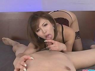 Азиатка в чулках секс