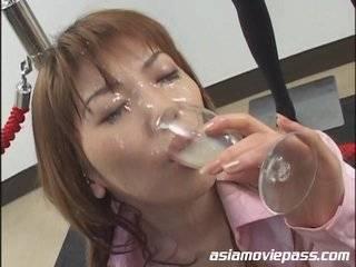Азиатка в сперме видео