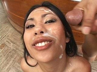 Азиатка в спермо-банке порно онлайн