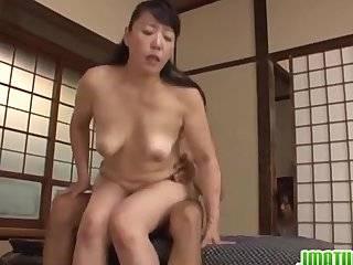 Азиат лесьбы