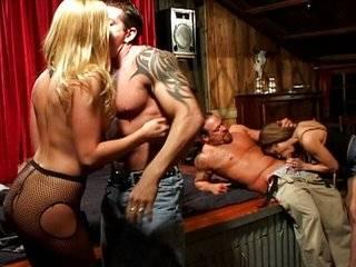 Sex porno азиатские забавы