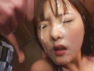 Азиатка вся в сперме видео бесплатно.